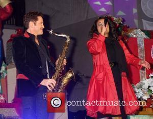 Dave Koz and Kimberly Locke Hollywood & Highland Tree Lighting Concert 2010 at the Hollywood & Highland Center Court Los...