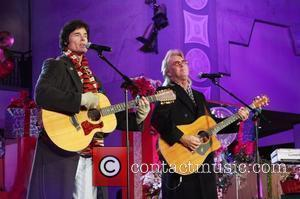 Ronn Moss, Peter Beckett of Player Hollywood & Highland Tree Lighting Concert 2010 at the Hollywood & Highland Center Court...
