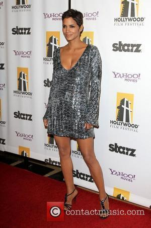 Halle Berry 14th Annual Hollywood Awards Gala presented by Starz held at The Beverly Hilton hotel Beverly Hills, California -...