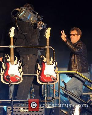 Huey Lewis and Guinness Book Of World Records