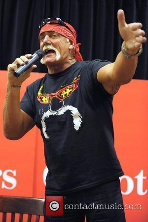 Hogan's Ex Settles With Son's Brain Injured Passenger