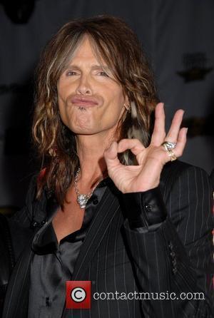 American Idol, Aerosmith, Chris Isaak, Ellen Degeneres, Jennifer Lopez, Kara Dio Guardi, Michael Jackson, Randy Jackson, Shania Twain, Simon Cowell and Steven Tyler