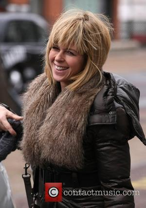 Kate Garraway leaves the ITV studios carrying a suitcase London, England - 10.12.10