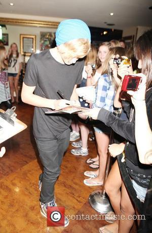 Cody Simpson and Vita Chambers