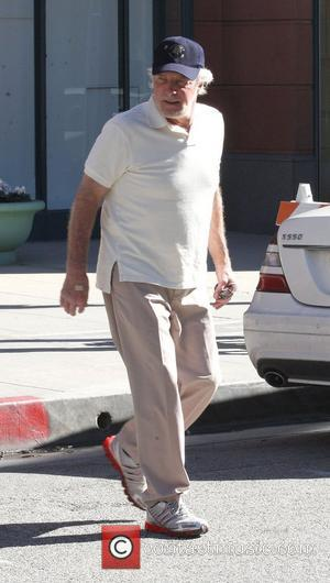 James Caan waeing a baseball cap and trainers goes to a medical building in Beverly Hills Los Angeles, California -...