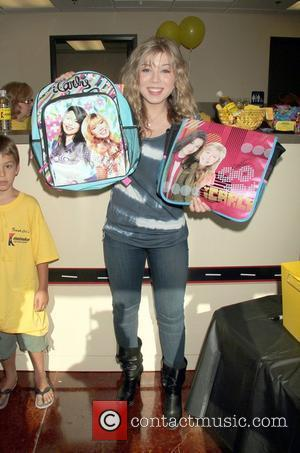 Actress Jennette Mccurdy and Las Vegas