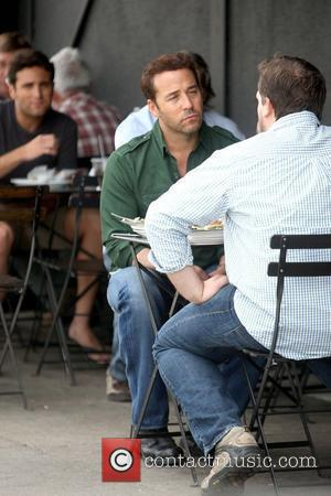 Piven Rehearses Entourage Role With His Mother