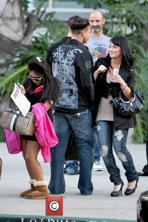 Nicole 'snooki' Polizzi and Mtv
