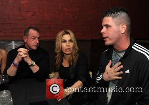 Michael Lohan Demands Meeting With Dina