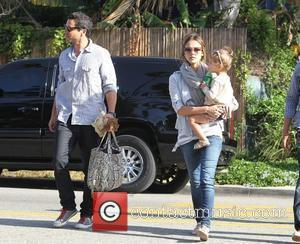 Jessica Alba, Cash Warren and Honor Marie Warren Spend The Day At A Friends House In Marina Del Rey