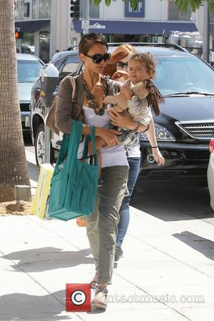 Jessica Alba and her daughter Honor Marie Warren go shopping in Beverly Hills