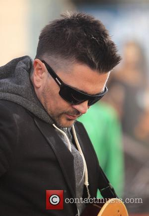 Singer Juanes performing his new album P.A.R.C.E. on Extra TV show at The Grove. Los Angeles, California - 16.12.10