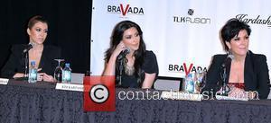 Kourtney Kardashian and Kim Kardashian