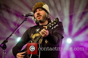 Badly Drawn Boy Endures Disastrous Los Angeles Gig