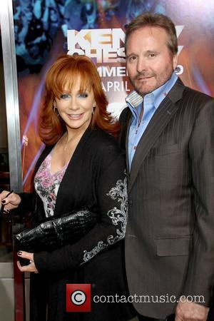 Reba Mcentire and Kenny Chesney