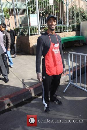 Aldis Hodge Christmas Eve at the Los Angeles Mission. Los Angeles, California - 24.12.09