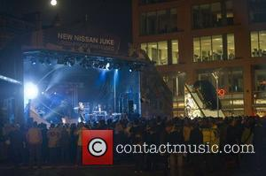 La Roux  performs a free concert at Manchester Piccadilly Gardens to celebrate the launch of Nissan Juke. Manchester, England...