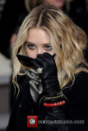 Mary-Kate Olsen London Fashion Week Autumn/Winter 2010 - Burberry Prorsum - held at the Chelsea College of Art and Design...