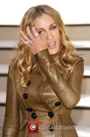 Sarah Jessica Parker London Fashion Week Spring/Summer 2011 - Burberry - Arrivals London, England - 21.09.10