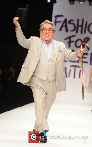 Ronnie Corbett London Fashion Week 2010 - Fashion For Relief - Haiti  London, England - 18.02.10