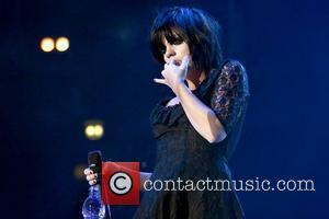 Lily Allen, Manchester Evening News Arena