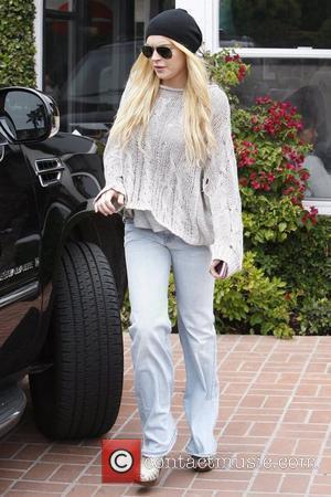 Michael And Dina Lohan Hold Meeting Over Lindsay