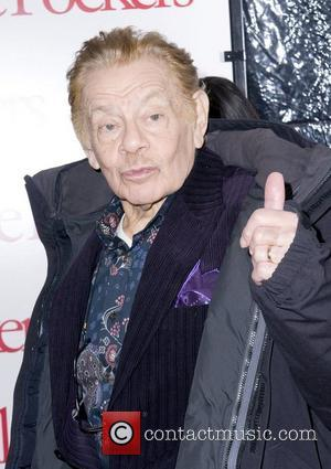 Jerry Stiller The World Premiere of 'Little Fockers' held at the Ziegfield Theatre - Arrivals New York City, USA -...