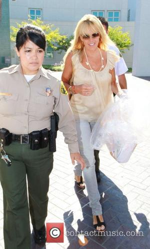 Dina Lohan  leaves Lynwood Correctional Facility after visiting her daughter Lindsay Lohan. Lynwood, California - 29.07.10