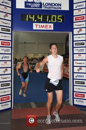 Vernon Kay  The Challenger World London Triathlon at Excel Centre London, England - 08.08.10