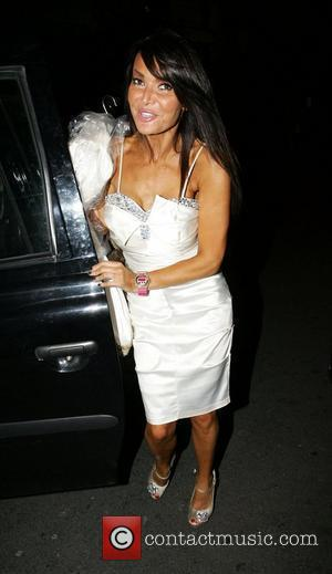 Lizzie Cundy and Leaves