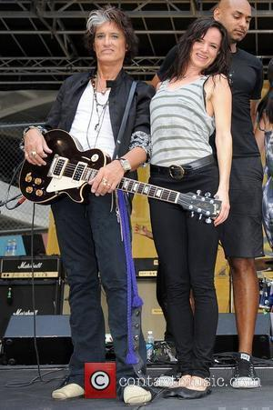 Joe Perry and Juliette Lewis