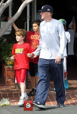 Michael Rapaport and his children leave Fred Segal in West Hollywood Los Angeles, California - 03.04.10