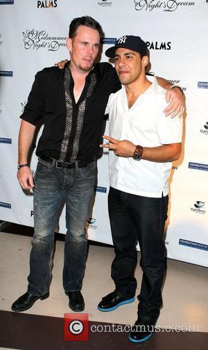 Kevin Dillon and Victor Rasuk