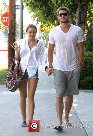 Miley Cyrus Wants Liam Hemsworth Back