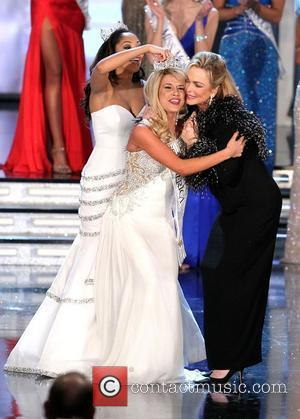 2010 Miss America Caressa Cameron, 2011 Miss America Teresa Scanlan and 1971 Miss America Phyllis George The 2011 Miss America...
