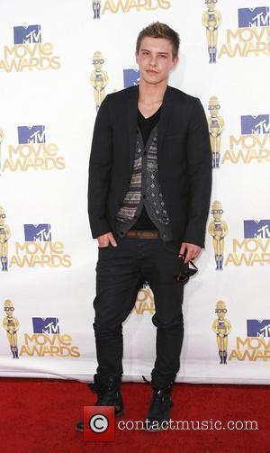 Xavier Samuel and MTV
