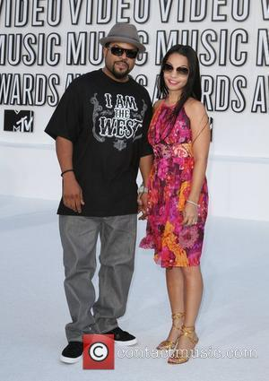 Ice Cube and Kimberly Woodruff  The 2010 MTV Video Music Awards (MTV VMAs) held at the Nokia Theatre -...