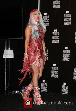 Lady Gaga Wins Battle With Eminem At Mtv Vmas