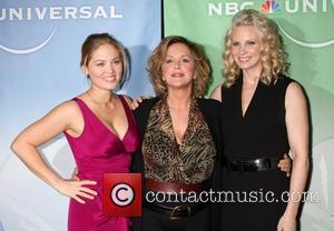 Erika Christensen and Bonnie Bedelia