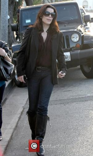 Neve Campbell leaving the Neil George Salon in Beverly Hills Los Angeles, California - 12.01.10