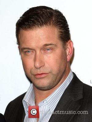 Stephen Baldwin To Sue Kevin Costner Over Bp Oil Spil
