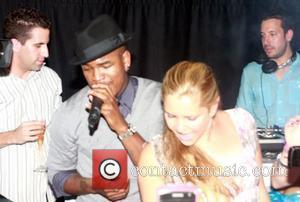 Ne-Yo  performs on stage at his VMA party sponsored by blackberry Los Angeles, California - 11.09.10