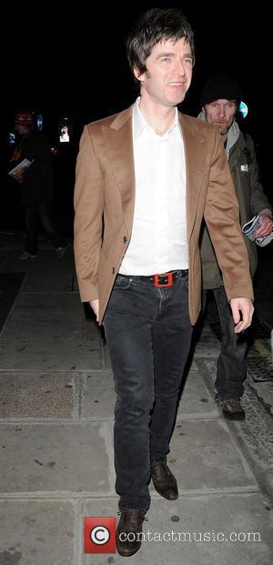 Noel Gallagher leaving Nobu Park Lane restaurant after having dinner London, England - 22.10.10