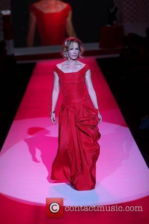 Felicity Huffman Mercedes-Benz IMG New York Fashion Week Fall 2010 - The Heart Truth's Red Dress Collection 2010 Fashion Show...