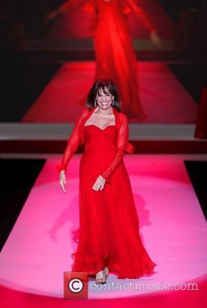 Valerie Harper Mercedes-Benz IMG New York Fashion Week Fall 2010 - The Heart Truth's Red Dress Collection 2010 Fashion Show...
