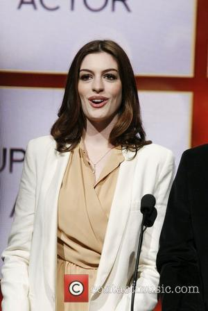 Hathaway Turned Down Alice In Wonderland Lead
