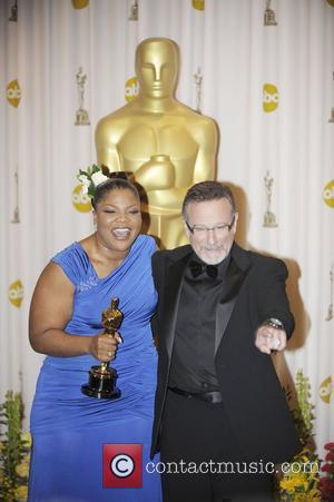 Mo'nique and Robin Williams