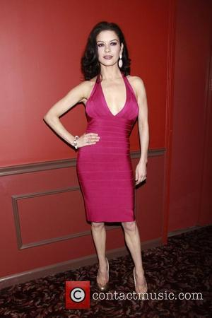 Zeta-jones Still Struggling With Sickness