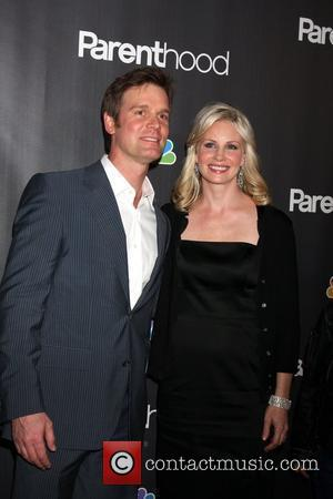 Dating Peter Krause 'So Easy' Says Lauren Graham