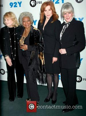 Angie Dickinson, Linda Evans, Nichelle Nichols and Stefanie Powers